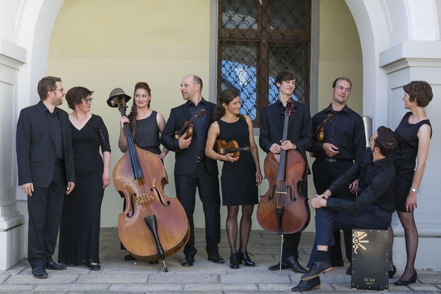 Neujahrskonzert 2018: Das Ponticelli Ensemble spielt Alte Seiten mit neuen Saiten